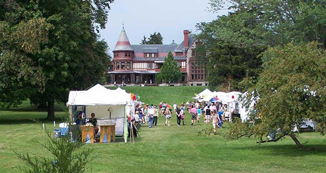 Arts at the Gardens