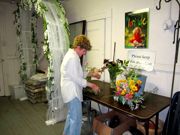 flower-arranging2-web