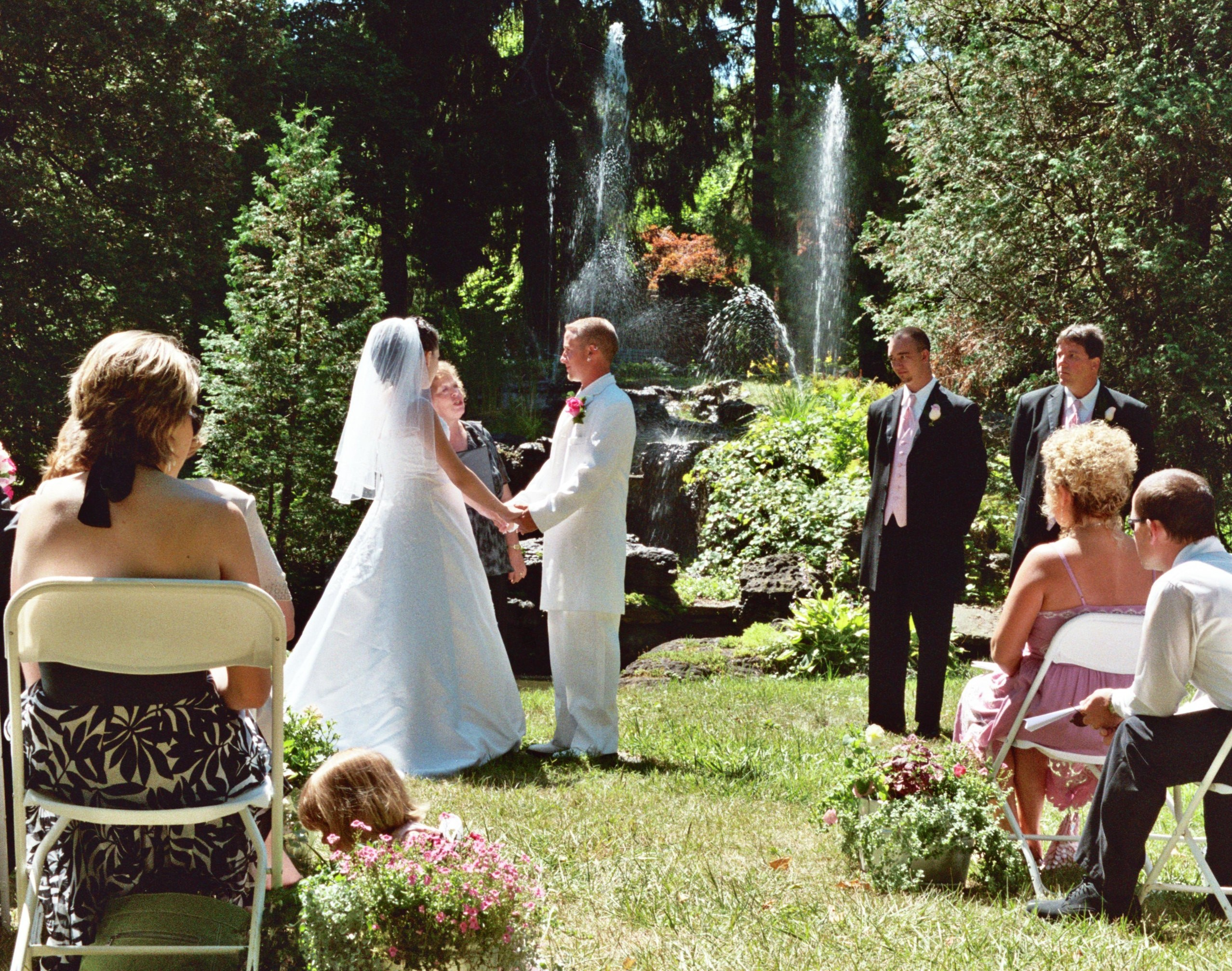 rock-garden-wedding-ceremony_6685029973_o