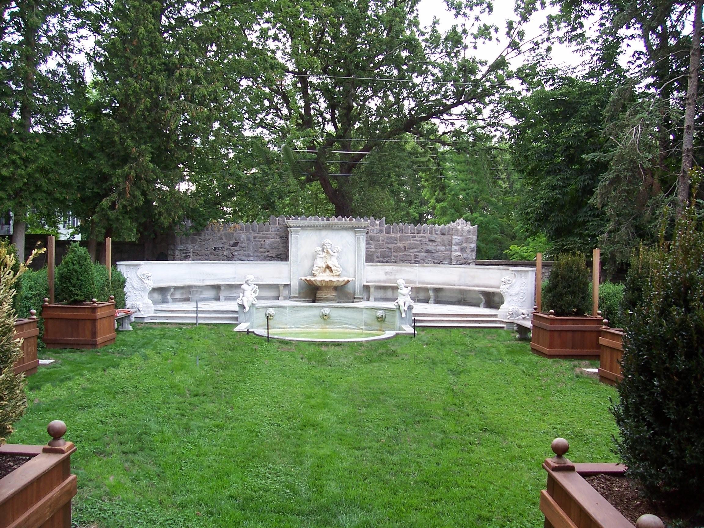sub-rosa-garden_6685032433_o