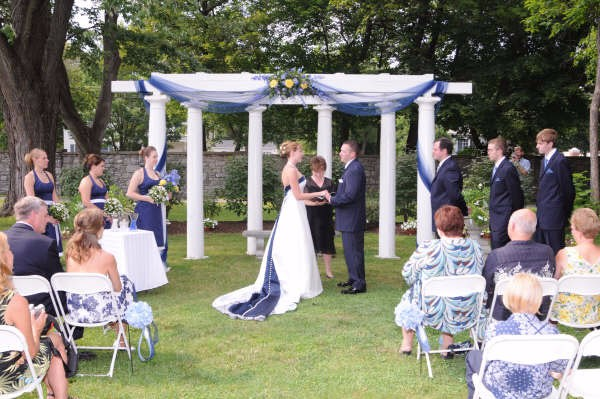 wedding-pergola-in-blue_6685018333_o