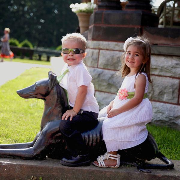 SONNENBERG-2013Contest-kids-dog-web